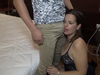 Triz encuentra el Macho Dominate con el que lleva soñando años.
