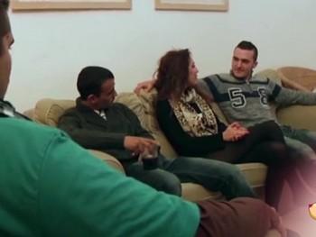 Beatrizz Camas se folla a 3 primos hermanos