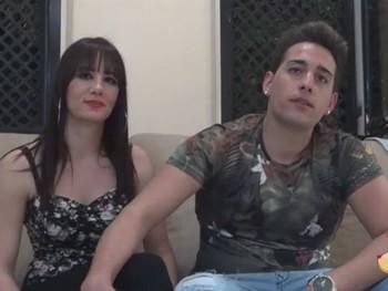 Nayra y Ricky:pareja de novios de Murcia que trabaja en el sector del automovil.