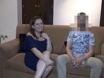 Triz viene a probar en el porno y encuentra el POLLON de su vida